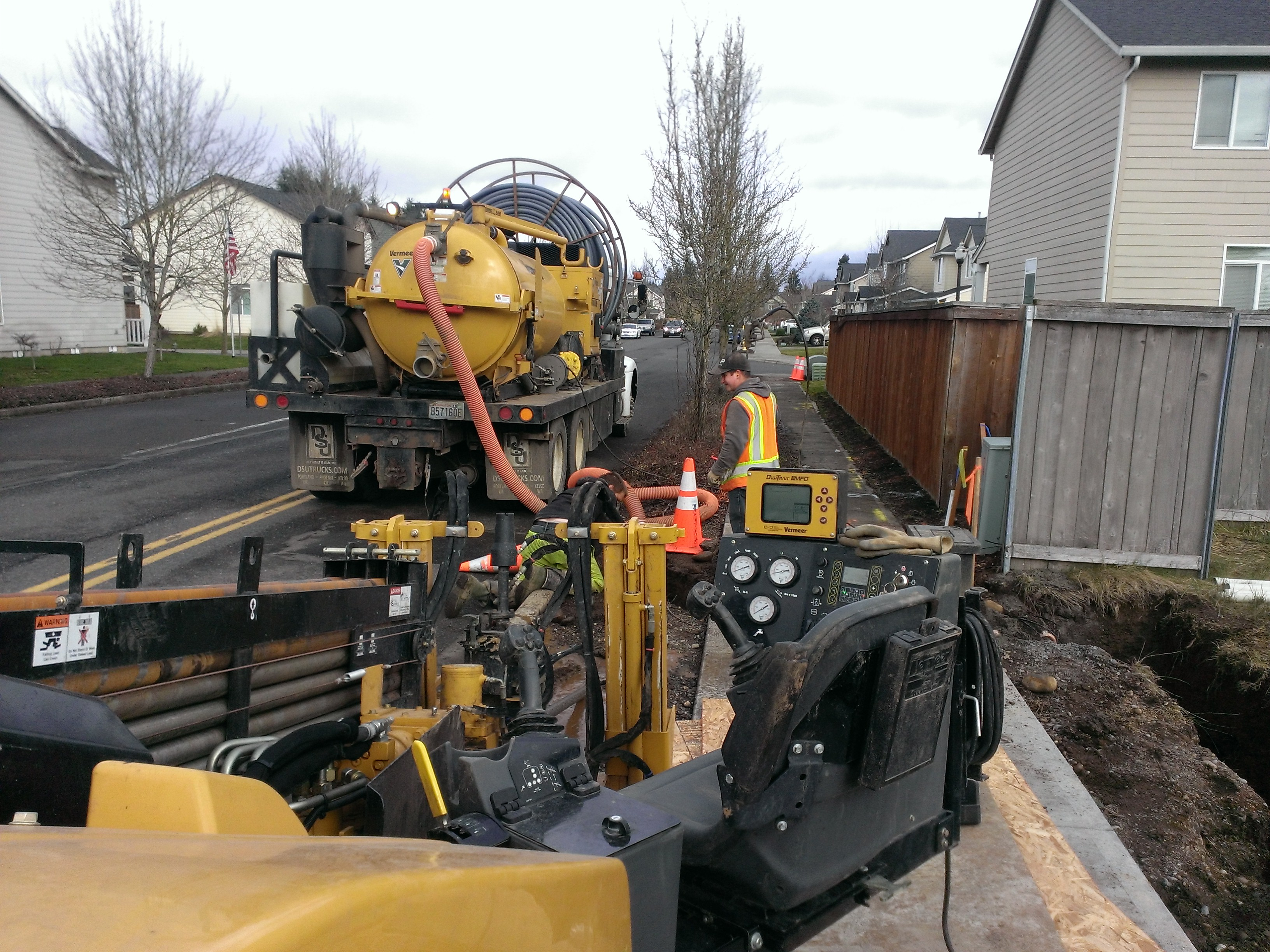Electrical team installs a traffic light using directional drilling